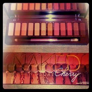 🍒Uban Decay Naked Cherry🍒